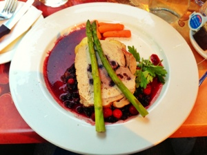 Pork loin stuffed with cranberry and blueberry