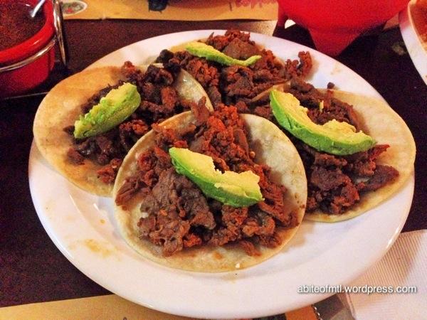 Le petit coin du Mexique - Tacos Mixtos Tortilla with steak and Mexican sausage
