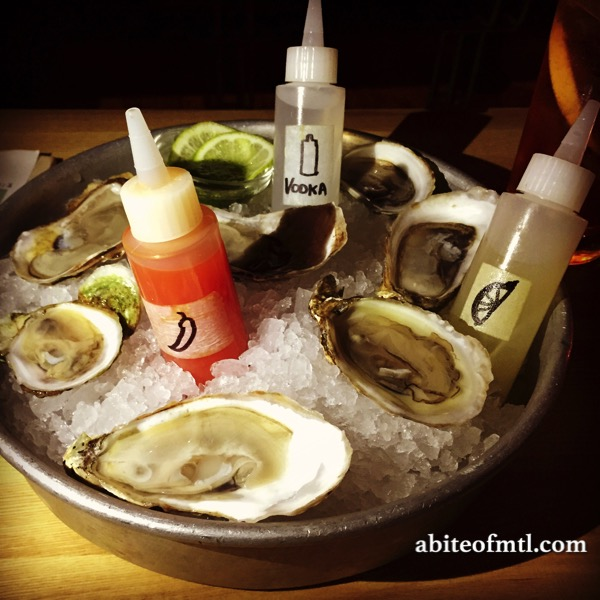 Mimi La Nuit - Oysters with Vodka!